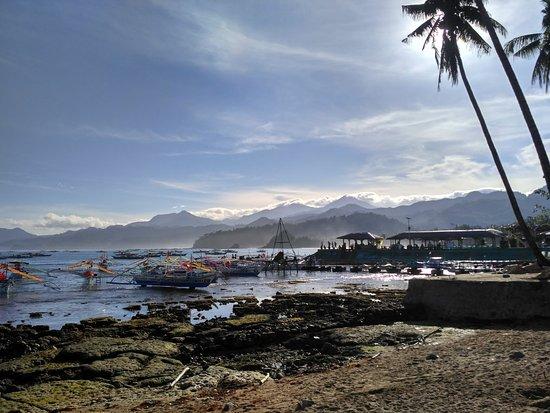 DabDab Resort : Отель выходит на такой вот берег