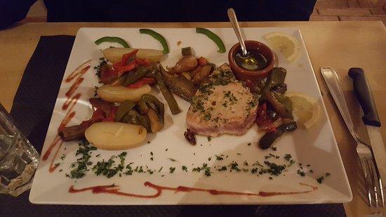 Sanxo Panxa : Plat principal (pavé steak de thon)