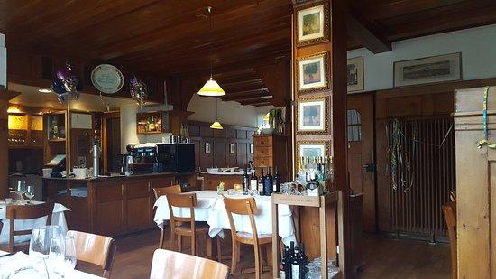 Arlesheim, Sveits: 20170309_112635_large.jpg