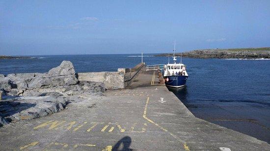 Doolin, Irlandia: 전면 외관 사진