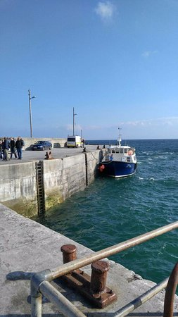 Doolin2Aran Ferries: 이니스오어섬 선착장