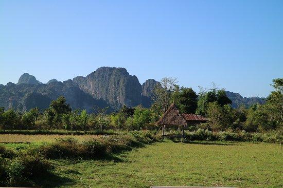 Vansana Vang Vieng Hotel: Beautiful surroundings