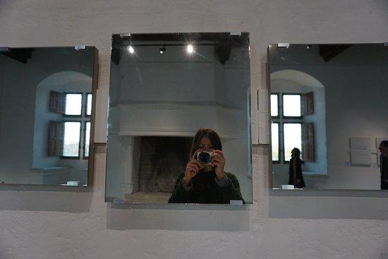 Mirror Piece - Art&Language - Château de Montsoreau