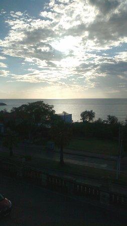 Hotel Ricadi: anochecer desde el balcon