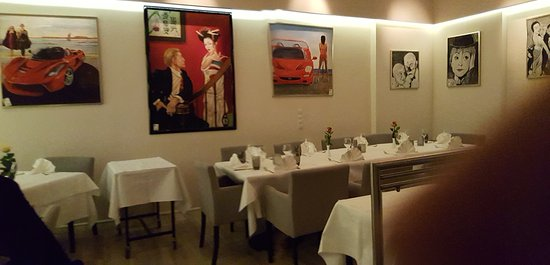 Don Camillo: Good dining atmosphere