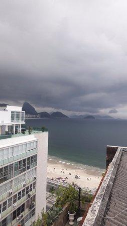 Rio Design Hotel: Vista da cobertura, onde fica piscina.