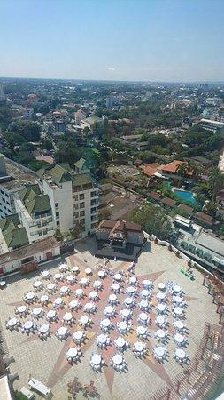 Duangtawan Hotel Chiang Mai: High floor view