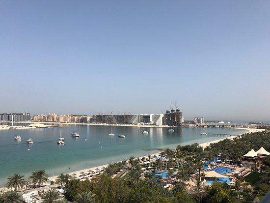Le Meridien Mina Seyahi Beach Resort and Marina: Le Meridien Mina Seyhay on top smart five star in Dubai