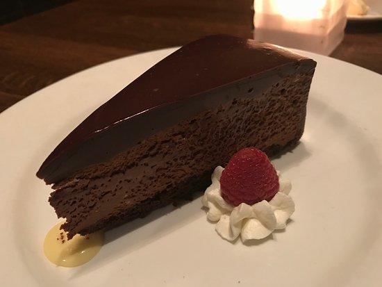 Devon Seafood + Steak : Hersehy's Velvet Chocolate Cake