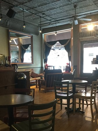Kaladi's Coffee Bar: Another couch and soft chairs in front on left side