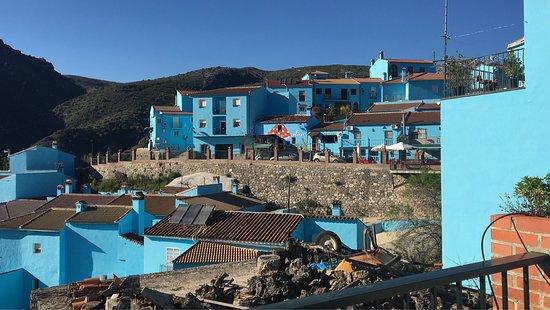Juzcar, Spain: Júzcar, el pueblo de los pitufos