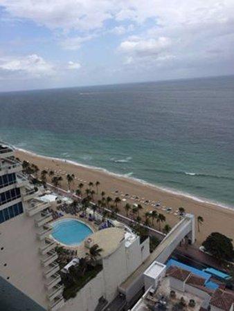 Marriott's BeachPlace Towers: widok z balkonu na 19tym pietrze - taras widokowy