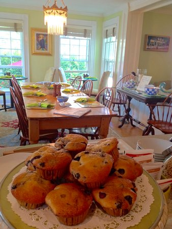 The Inn at Cook Street: Fresh Muffins or Scones, plus Hot Entrees from our chef