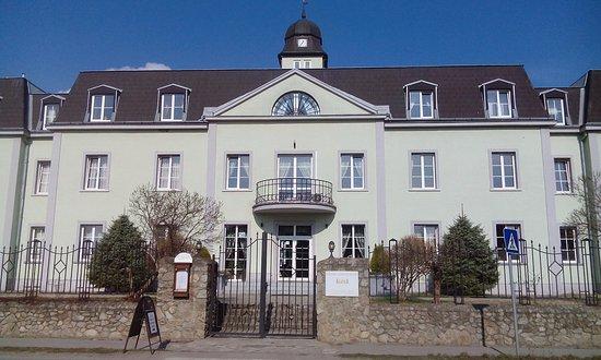 Hotel AGATKA Bratislava: Vstup do hotelu
