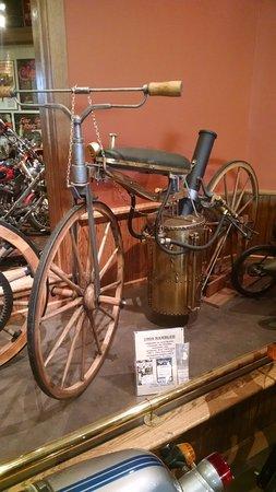 Anamosa, Iowa: 1904 Rambler