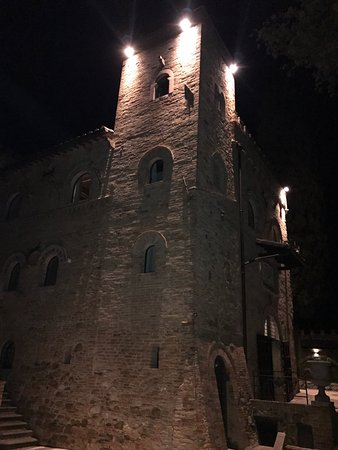 Castello di Monterone: photo7.jpg