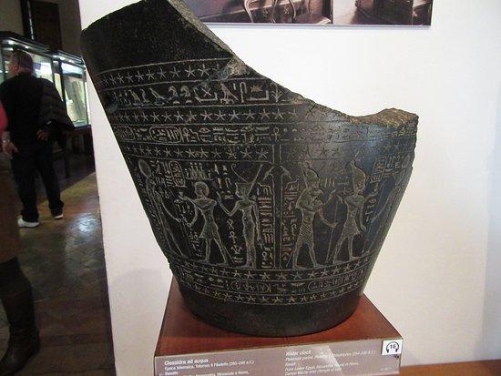 Clessidra Ad Acqua Egiziana.Clessidra Ad Acqua Foto Di Museo Di Scultura Antica