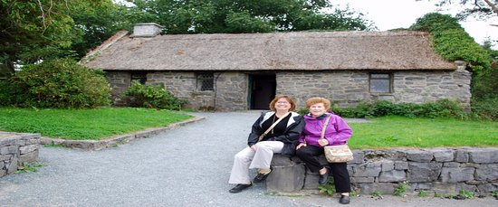 Replica of Quiet Man Cottage at Peacockes Maam Cross