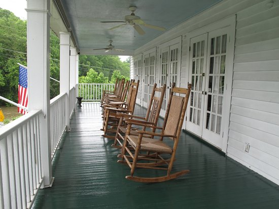 Chilhowee Inn Photo