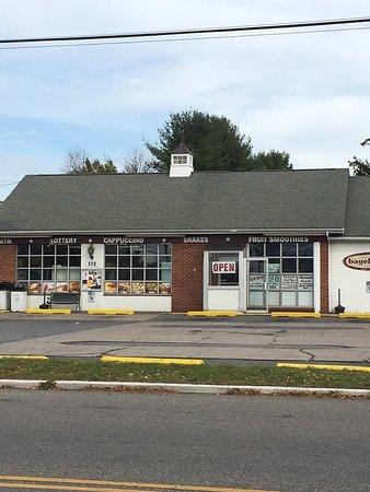 Hampton, NJ: Bagelsmith Deli
