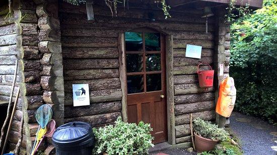 Cwmduad, UK: Larkhill Tipis