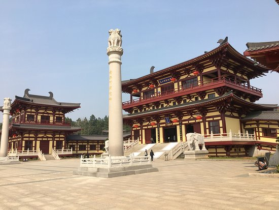 Donglin Monastery: photo3.jpg
