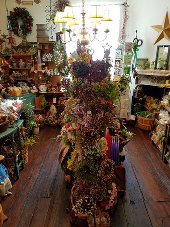 Mount Holly, NJ: Spices, flower and more in this shop.