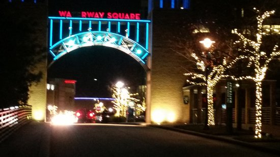 """The Woodlands, TX: The sign should say """"Waterway Square"""" but 2 of the letters are out"""