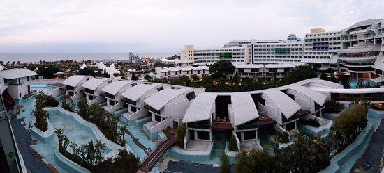 Cornelia Diamond Golf Resort & Spa: Panoramic view from sea view room 5525