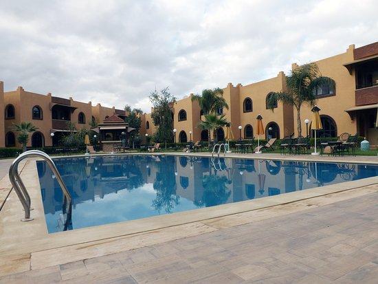 Appart hotel nzaha tahanaout marocko omd men och for Appart hotel 45