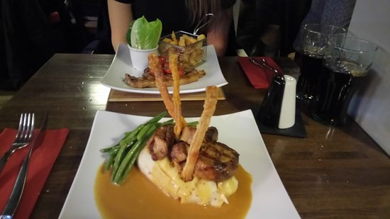 Seaton, UK: Belly pork front and Chops behind, yum yum