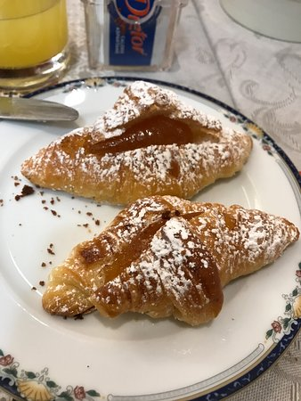 Hotel Italia: Croissant