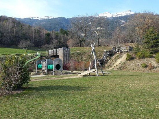 Venthone, สวิตเซอร์แลนด์: Espace Ludique OBABAO
