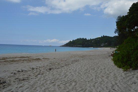 Anse Royale, Seychelles: the beach across the (narrow) street