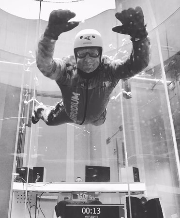 Logatec, Slovenia: Indoor skydiving