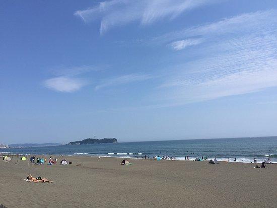 Shirahama Beach: Te podés meter al agua tranqui, la temperatura está bien