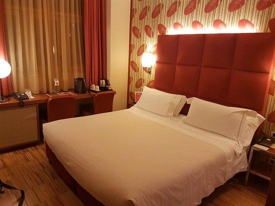 Enterprise Hotel Photo