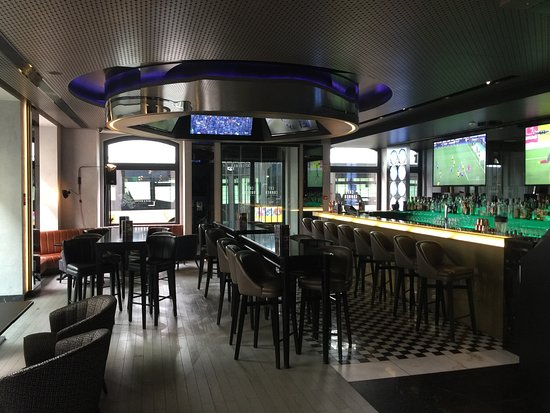 CR7 Sports Bar Area - Picture of Pestana CR7 Lisboa, Lisbon ...
