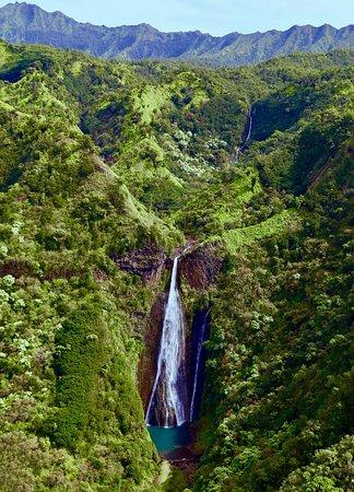 Manawaiopuna Falls (Jurassic Park Falls)
