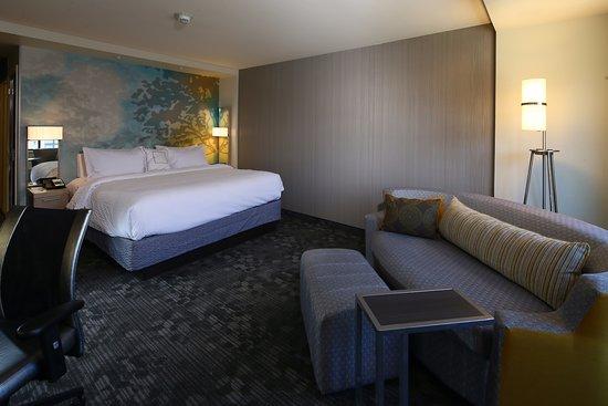 Bay City, ميتشجان: King guest room