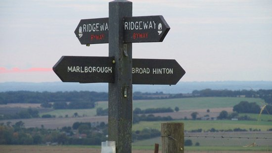 Broad Hinton, UK: Signpost by Hackpen Whitehorse