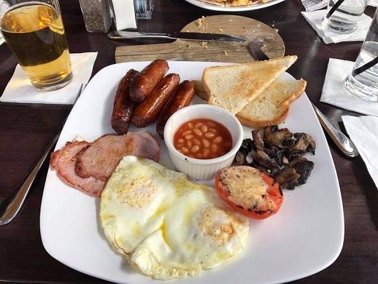Gainesville, Βιρτζίνια: Full Irish Breakfast, minus the blood pudding!