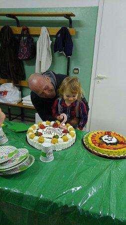 Chiuro, Italia: Queste sono le torte favolose che hanno fatto al pasticcio per il compleanno di mio figlio 2 ann