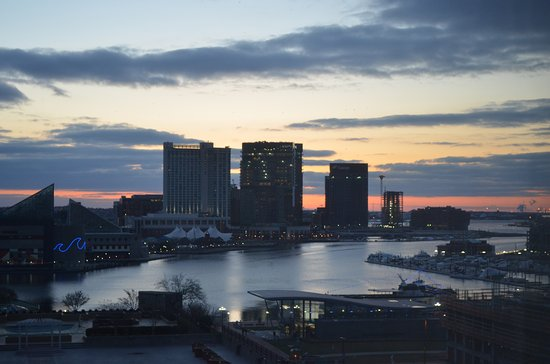 Sheraton Inner Harbor Hotel: Photo taken from 8th floor looking east. Used Nikon 5100