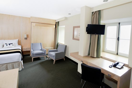 Hotel du Vieux-Quebec: Superior 2 queen beds