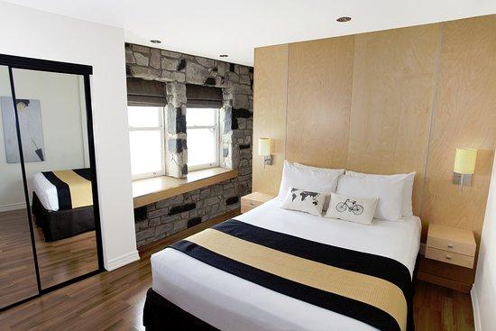 Hotel du Vieux-Quebec: Standard 1 queen bed