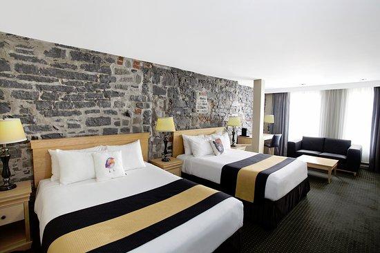 Hotel du Vieux-Quebec: Deluxe 2 Queen beds