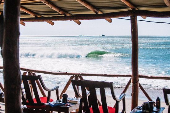 Surf Tours Nicaragua: The view of our wave out front taken from our Rancho Relaxo.