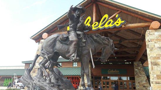 Буда, Техас: Cabelas