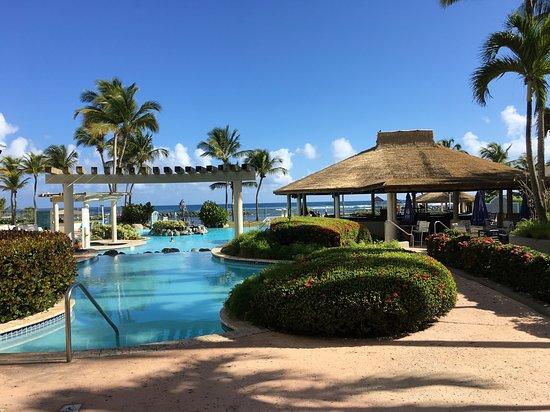Фотография Embassy Suites by Hilton Dorado del Mar Beach Resort